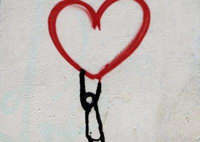день Святого Валентина красивые фото сердце стритарт графити